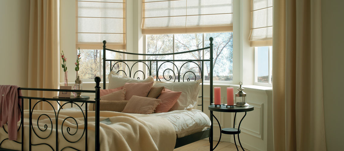 qu est ce qu un store bateau. Black Bedroom Furniture Sets. Home Design Ideas