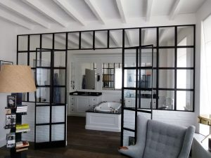 comment faire une verri re de salle de bain. Black Bedroom Furniture Sets. Home Design Ideas